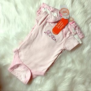 💥BRAND NEW💥 NB newborn baby girl onesie set NWT